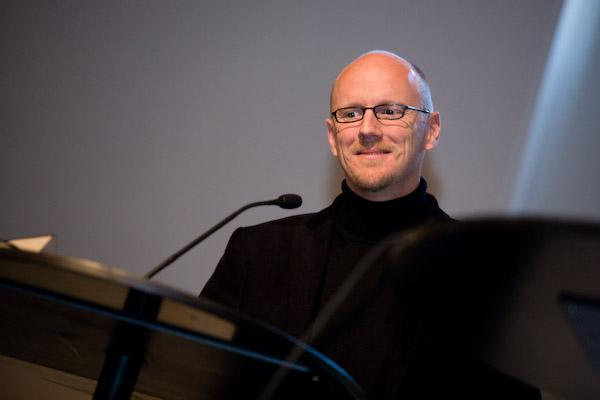 Grafiker und Blogger Stefan Schaer (Blattkritik.ch) am 17. Berner Medientag im Kornhausforum Bern zum Thema <<Hilfe die Zurcher kommen! Wie weiter nach dem Tamedia-Deal?>>. (C) Daniel Bernet