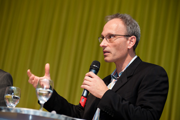 Urs Rueb (Media Plus AG) am 19. Berner Medientag zum Thema <<Ausgepresste Presse - ist die abonnierte Zeitung am Ende?>> im Radiostudio Bern.
